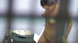 Seorang wanita dengan kanker di depan yang cerita puki sedap ramah muda mahasiswa,