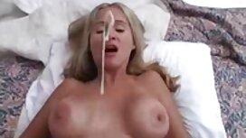 Orang-orang dengan kemampuan untuk bercinta dengan seorang gadis muda di katil besar cerita seks sedap sangat