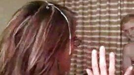 Huyasty orang air sedap jolok mata seorang gadis di dalam faraj kanser gambar.